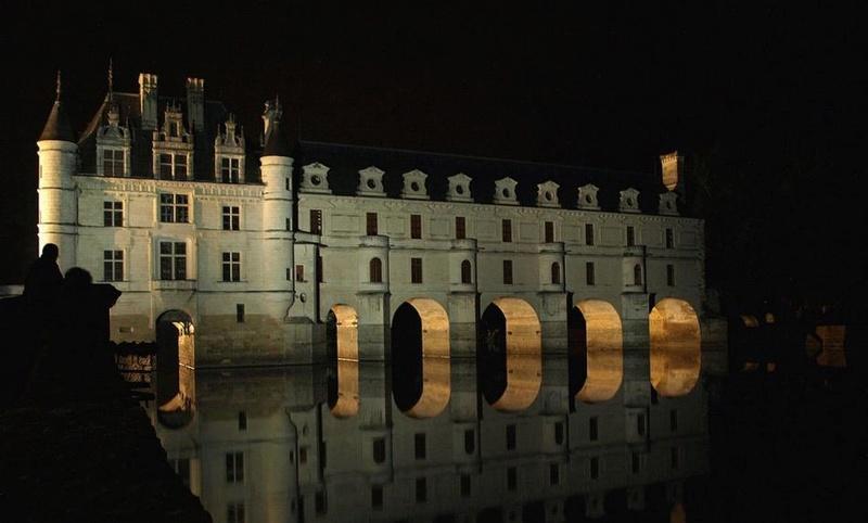 Promenade nocturne - identifiez le monument, la ville et le pays - Page 5 X_42_c10