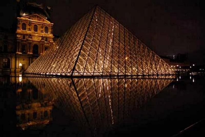Promenade nocturne - identifiez le monument, la ville et le pays - Page 5 X_44_l10