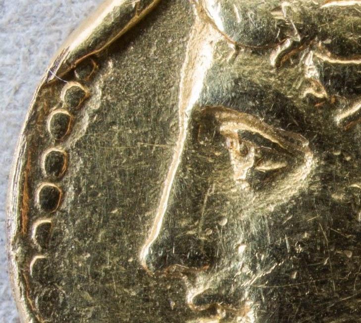 Vraie monnaie, faux grénetis Faux_g10