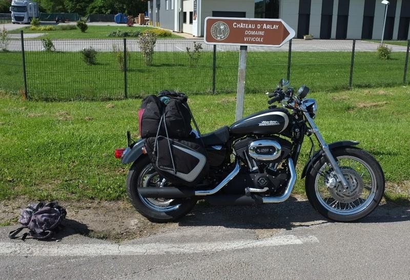 Photos de vous et de votre moto devant ....un château  - Page 16 Dscf7610