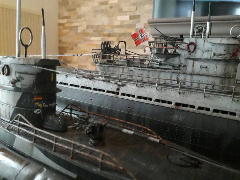 2 u-boots pour le bord de mer. 110