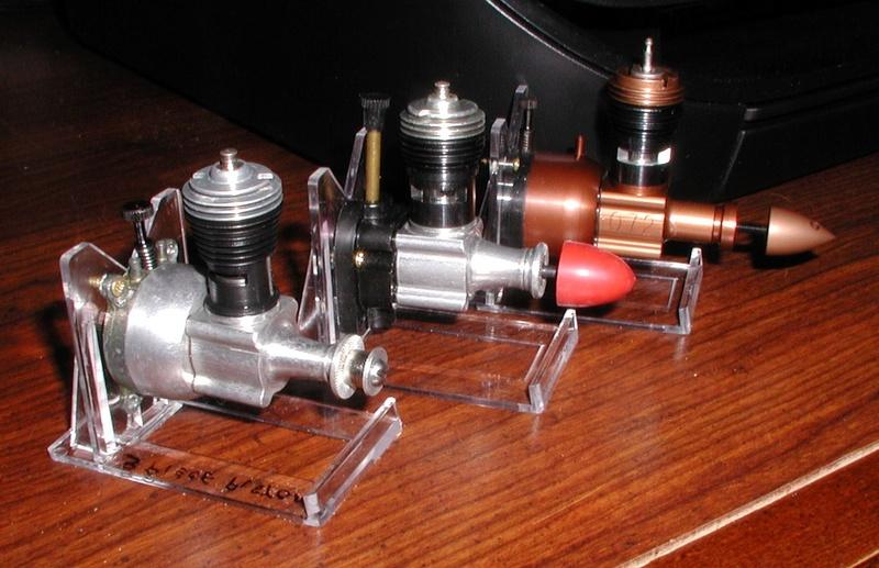 Finally, a Cox three piece piston........... Cox_co12