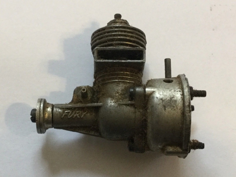 Interesting vintage engine. Fury Twin Stack  Fury_e10