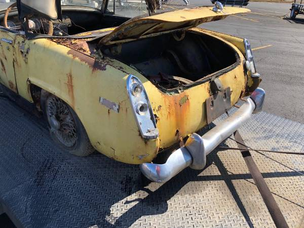 Off topic - Another trashed MG - Seriously? Mg_mid12