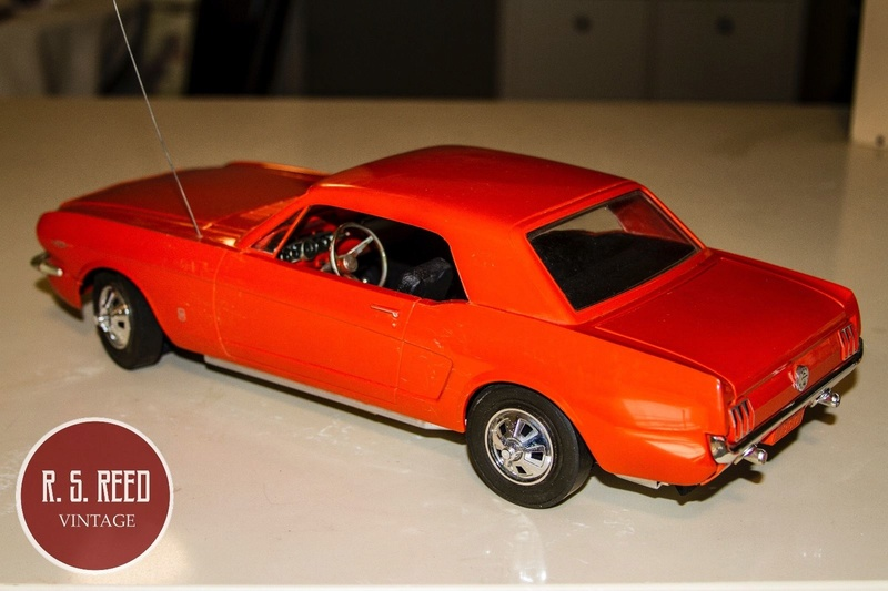 1964 Ford Mustang coupe Factory Radio Controlled Car ??? Mustan14