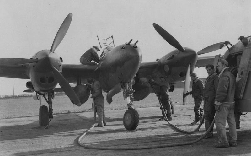 P-38 Lightning-Roddie style..  - Page 5 P-38_t10