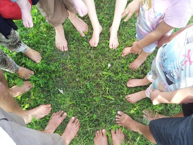 Celebrazione della Madre Terra nella fattoria di Damiano! Piedi10