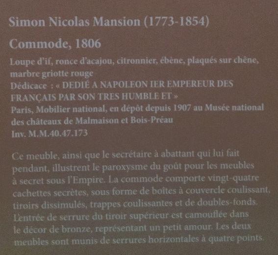 Rueil-Malmaison : Meubles à secrets, secrets de meubles Captu424