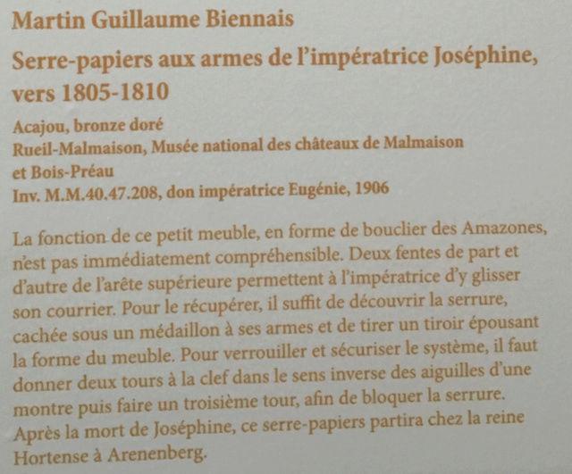 Rueil-Malmaison : Meubles à secrets, secrets de meubles Captu437