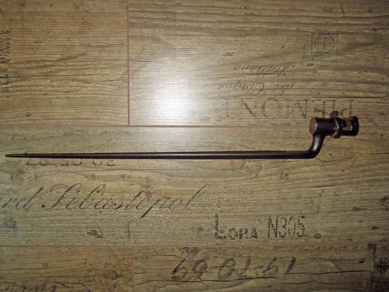 Baïonnette à douille de type 1847 pour identification Img_0119