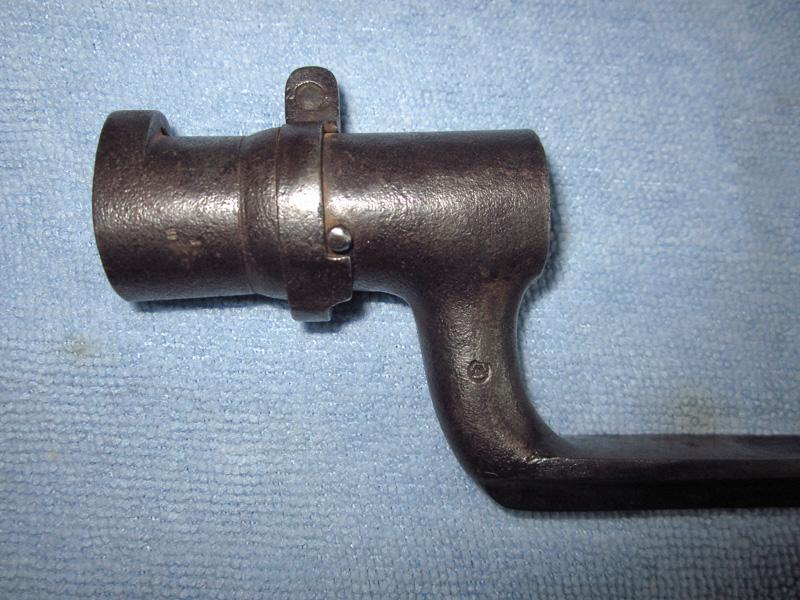 Baïonnette à douille de type 1847 pour identification Img_0120