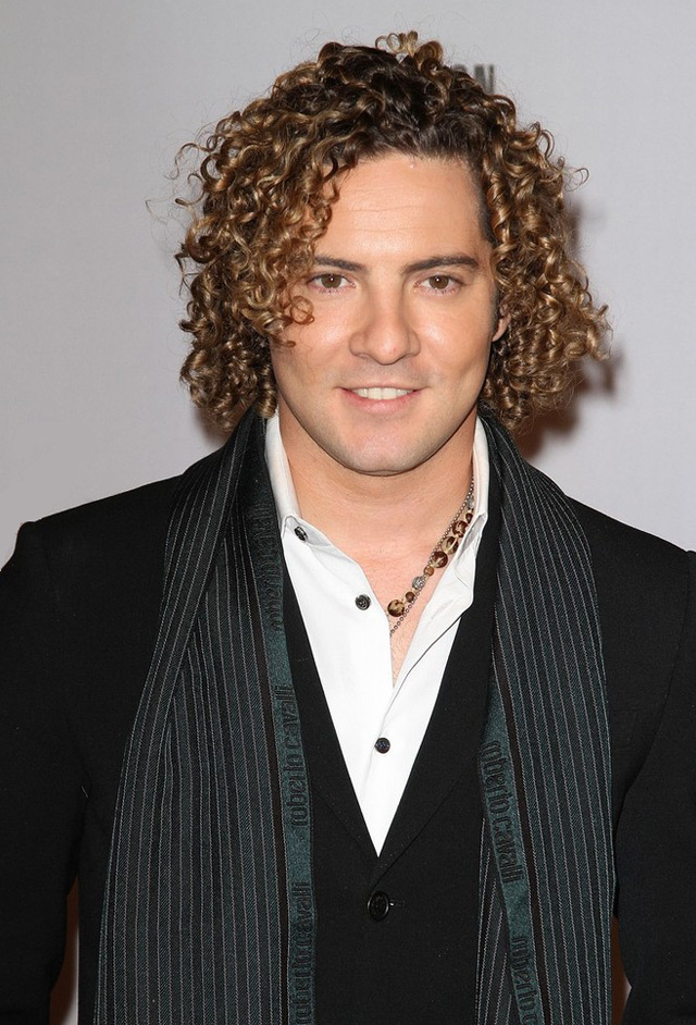 ¿Cuánto mide David Bisbal? - Altura real: 1,73 - Real height 54110
