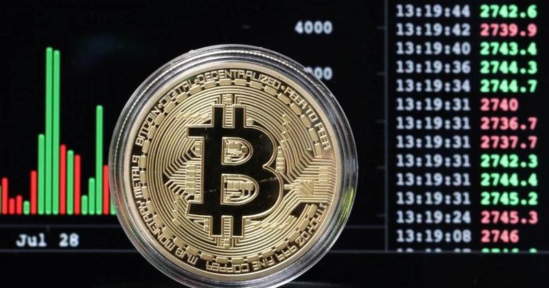 BITCOIN versus GOLD  Bitcoi12