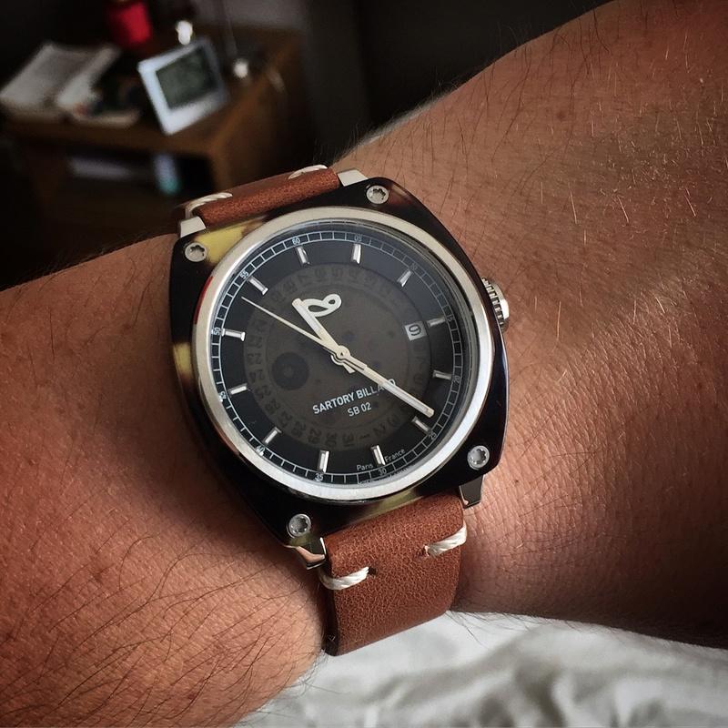 SARTORY BILLARD : et de deux montres ! - Page 9 Img_9112