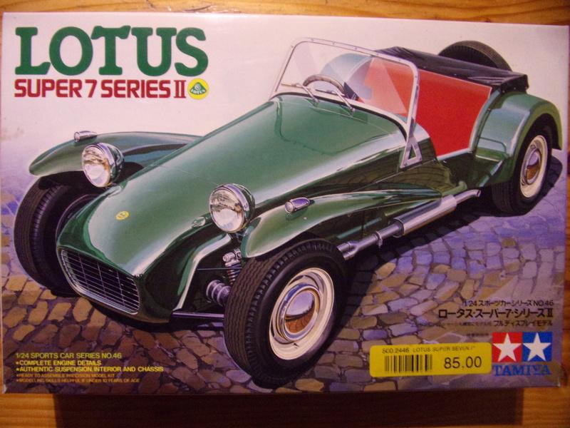 LOTUS SUPER 7 Series II [TAMIYA - 1/24éme] 104_0247