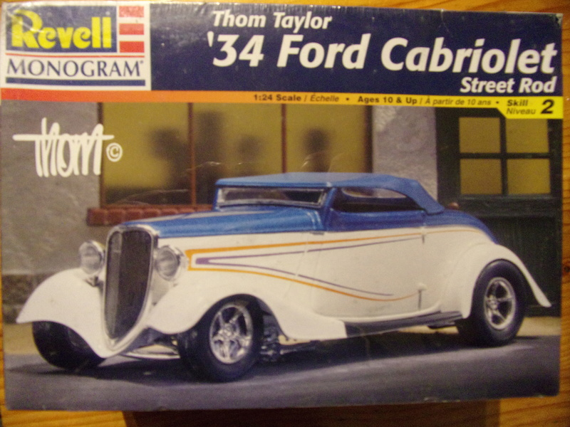 Ford '34 cabriolet street rod by Thom TAYLOR [Revell/Monogram - 1/24ème] 104_2510
