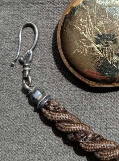 L'art des cordes de montre de poche de cheveux humains Hair_210