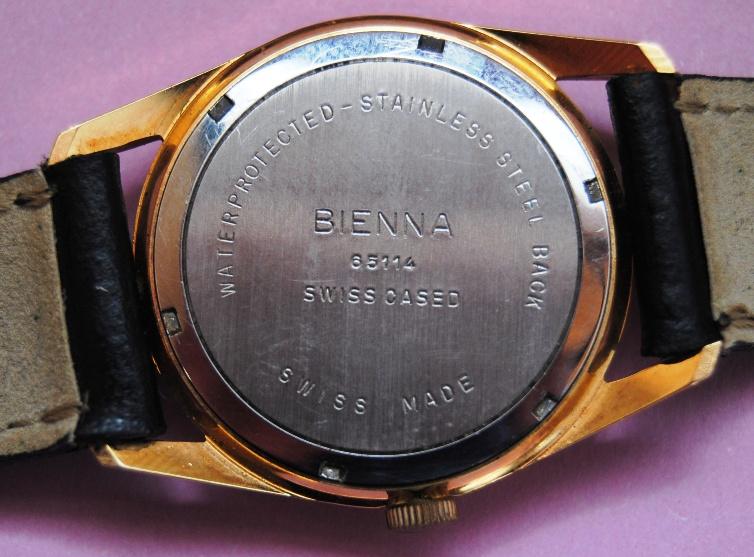 Les marques soviétiques pour l'exportation - Page 4 Bienna11