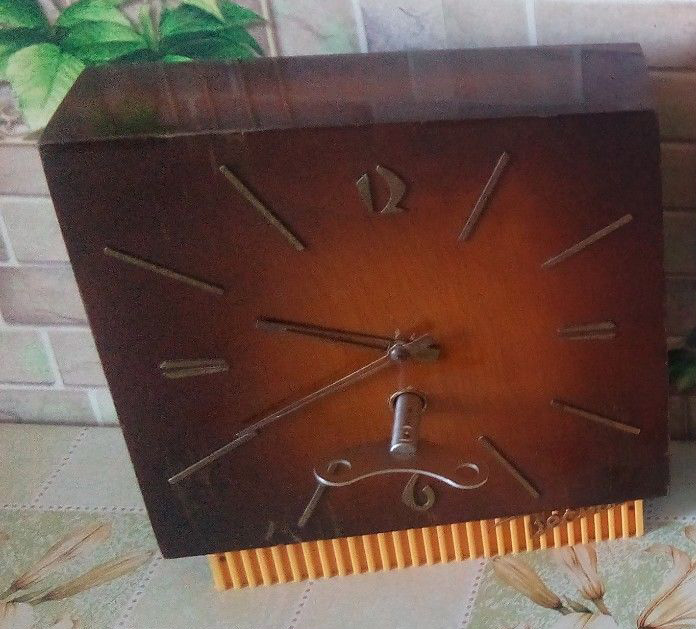 Petite histoire de la production horlogère à Vladimir S-l16016