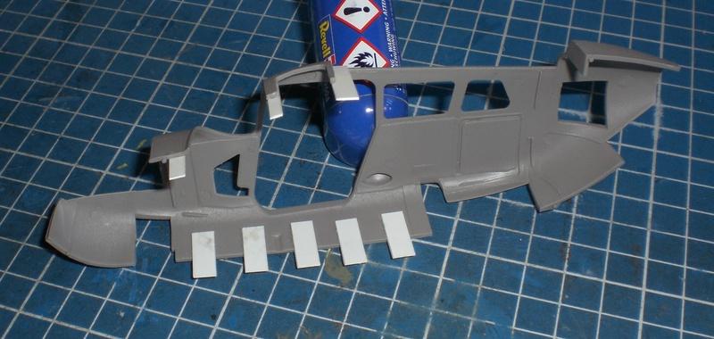 Fertig - die O-2A skymaster, 1/32, RODEN, von oluengen359 Cimg5540