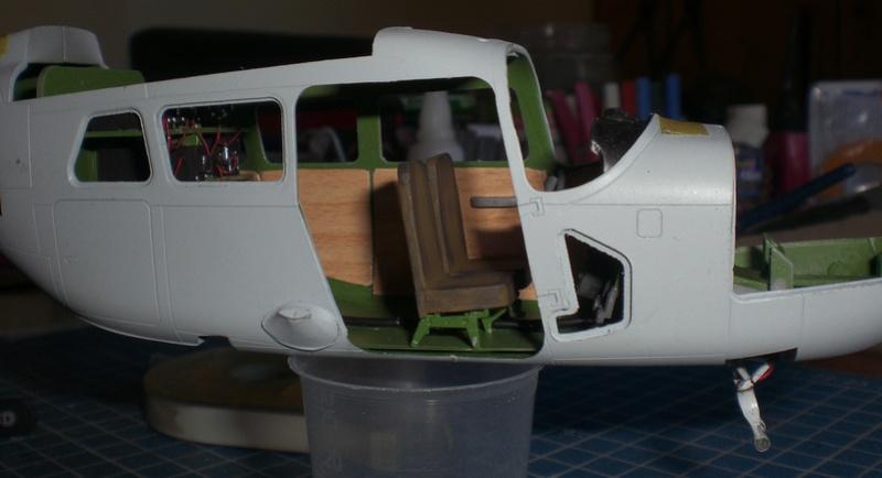 Fertig - die O-2A skymaster, 1/32, RODEN, von oluengen359 Cimg5582
