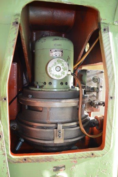 Problème presse hydraulique a bras tournant Sandt ST 139-51377 (1961) Dsc_0625