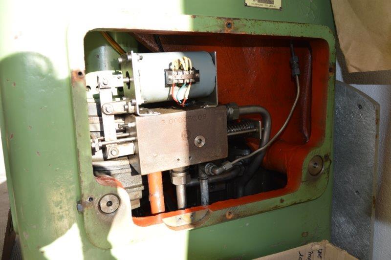 Problème presse hydraulique a bras tournant Sandt ST 139-51377 (1961) Dsc_0629