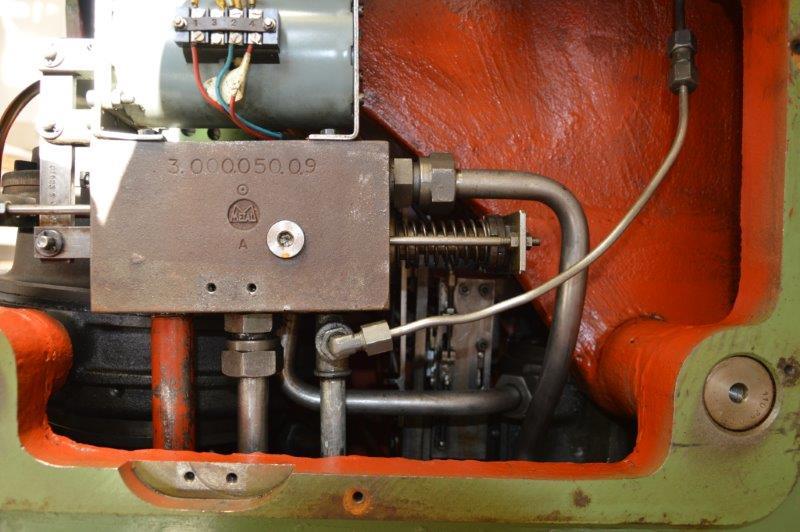 Problème presse hydraulique a bras tournant Sandt ST 139-51377 (1961) Dsc_0630