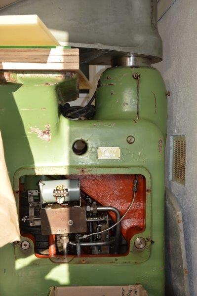 Problème presse hydraulique a bras tournant Sandt ST 139-51377 (1961) Dsc_0633