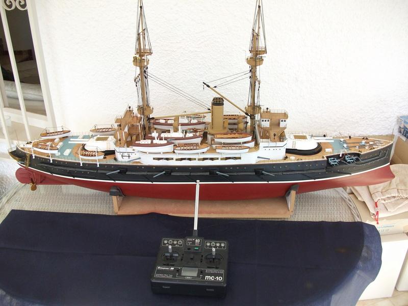 HMS HANNIBAL 1/96  (Predreadnought) DEAN'S MARINE - Page 8 Dscf3728