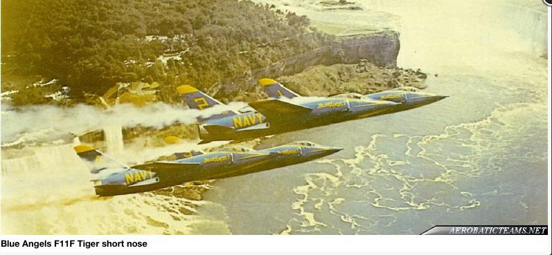 [Lindberg] - Grumman F9F-9 Tiger Blue_a10