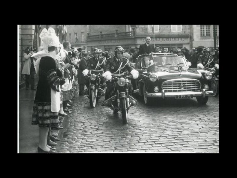 Série Mai 68. 4/De Gaulle visite la Bretagne 1100