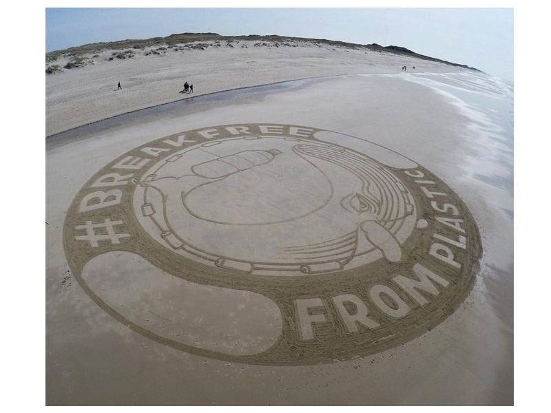 D'où viennent ces fresques sur les plages d'Europe ? 162