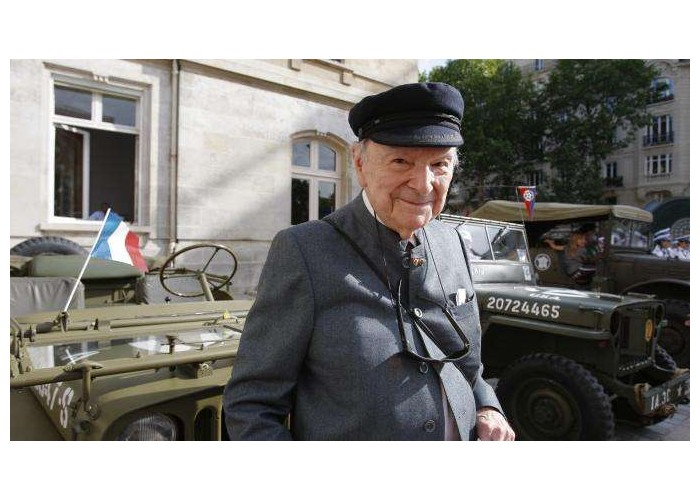 Franck Bauer, dernier speaker français de Radio Londres, est mort à l'âge de 99 ans  459