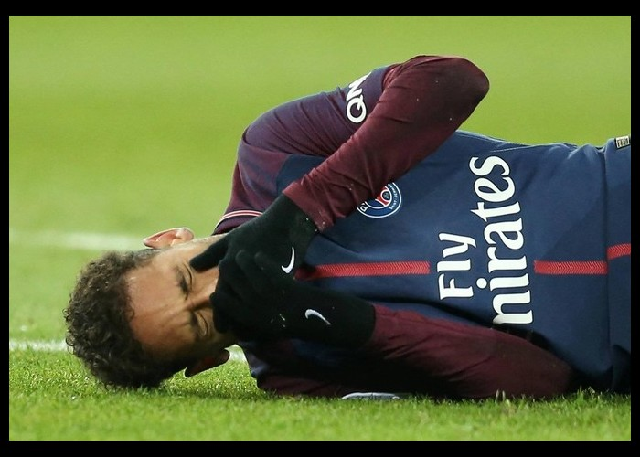 Combien l'arrêt de Neymar va-t-il coûter à la Sécu ? N16