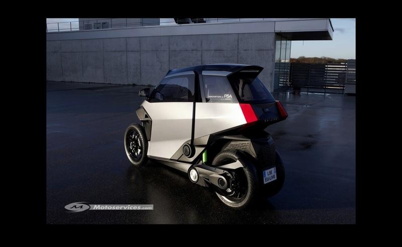 Peugeot PHEV scooter : l'hybride deux places à trois roues ! Sans_494