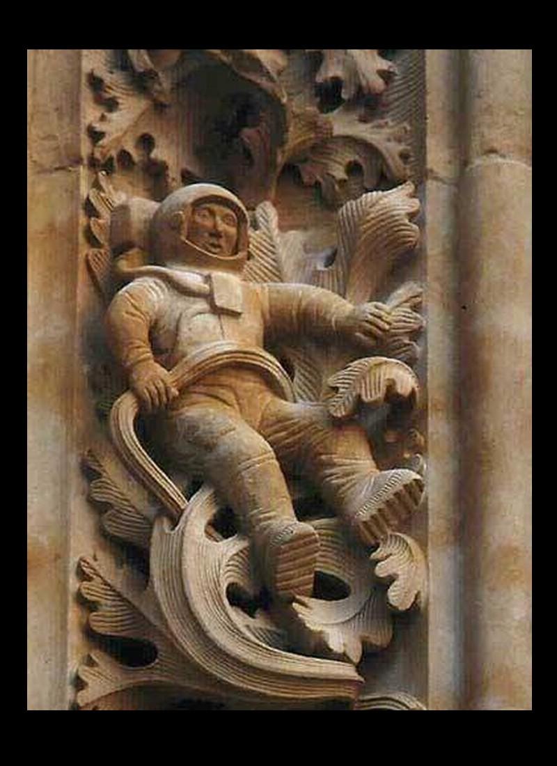 Qu'est-ce qu'un astronaute du 20 e siècle fait dans une église de 500 ans en Espagne ? Sans_742