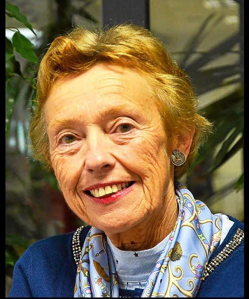 Michelle Brieuc. Biographe de femmes pionnières  Sans_t73