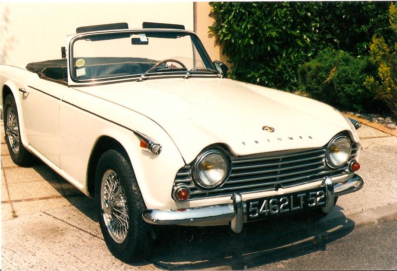 Triumph TR 4  Tr4_310