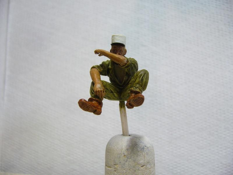 Panhard EBR 10 Hobby Boss 1/35 + figurines U-Models et Chota Sahib/Azimut et Master Box - Page 3 P1040520