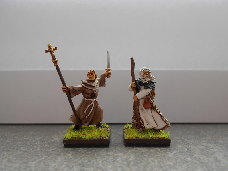 prêtre et druide par Nicos Dscn0634