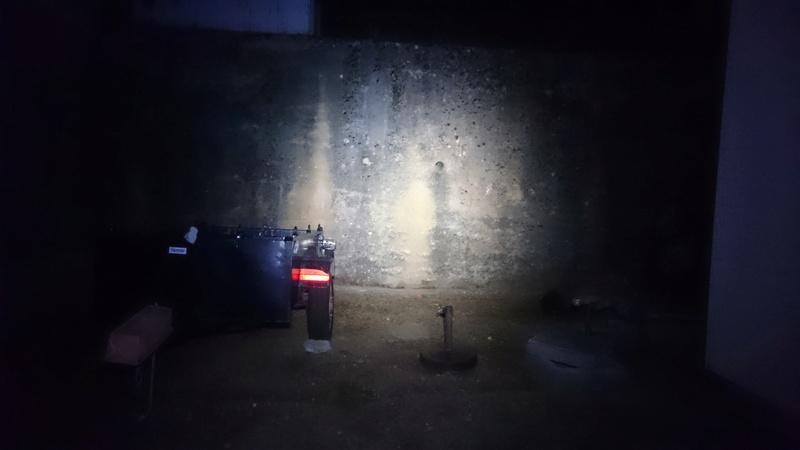 Éclairage pour roulage de nuit - Page 2 Dsc_0418