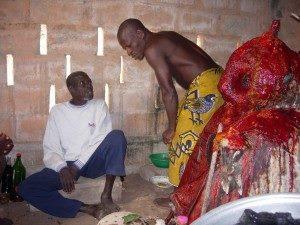 PHOTO DE BIOWA LE PROF DE FABIENNE AU BENIN Faux_m10