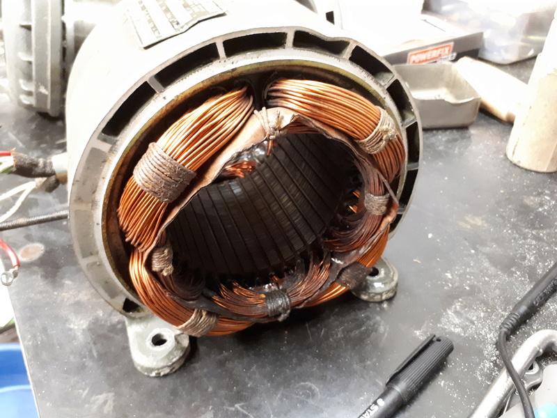 OPERATION A COEUR OUVERT (ou plutôt moteur ouvert) 20171189