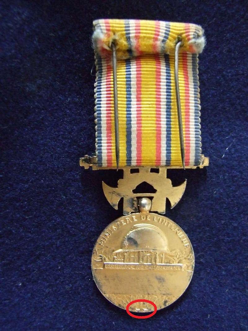 Médaille d'honneur des Sapeurs Pompiers. Dscf8410