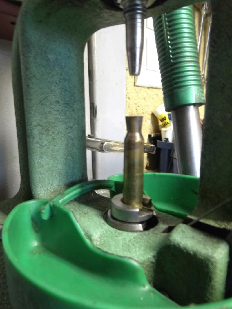 former des douilles et recharger du 577/450 Martini Henry  - Page 4 Dsci0510