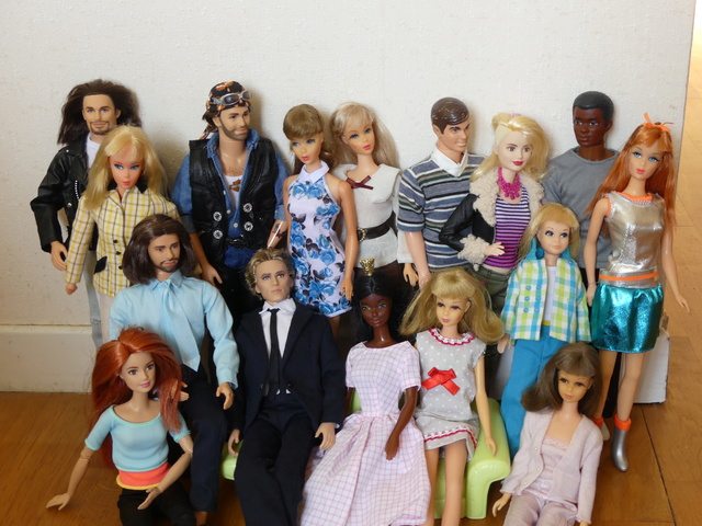 Barbie Twist N'Turn - Réunion de famille P1010310
