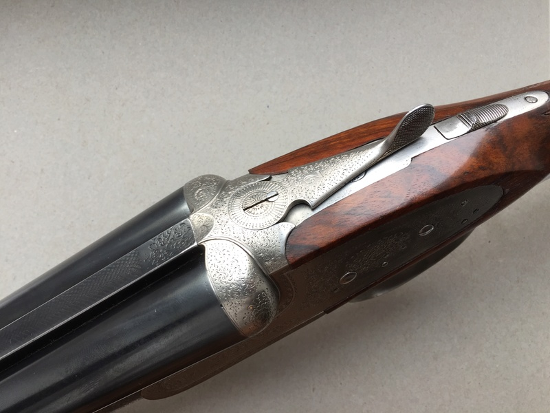 Questions sur side by side, side lock, ejector gun  Img_2314