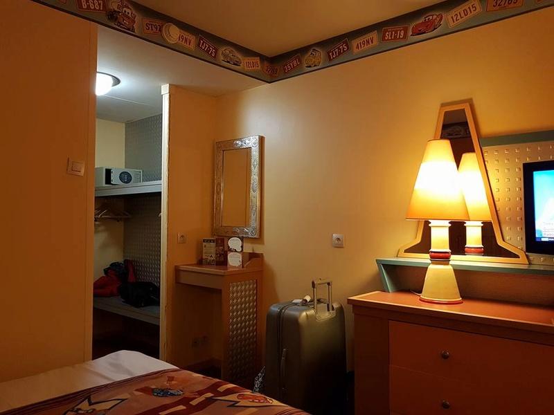 [Hôtel Disney] Disney's Hotel Santa Fe - Page 27 23311