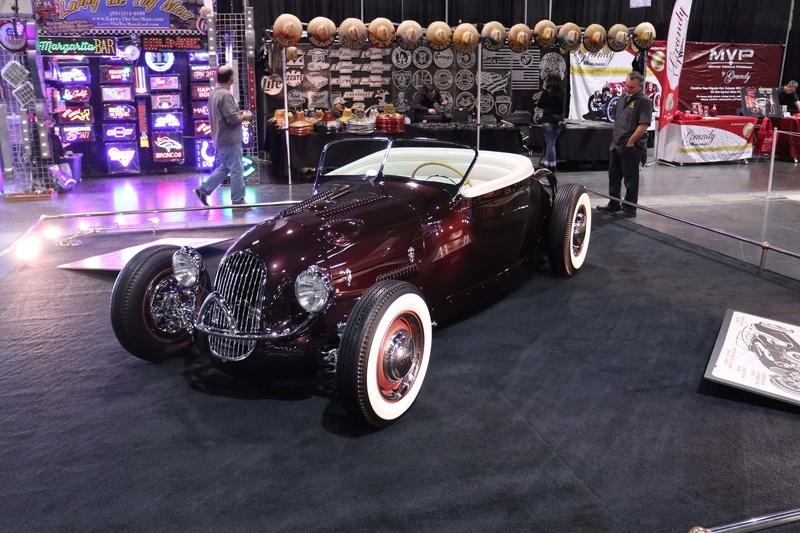 1929 Ford Tub - Eddie dye Roadster - The Ayala Brothers 010sro11